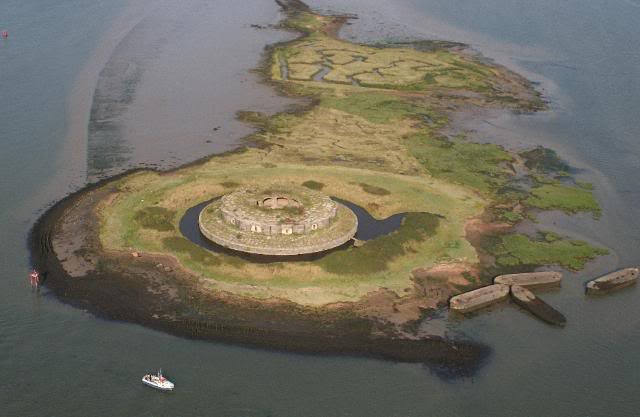 Yodare Islands of the Week 3 – Forts, Wrecks and Mud – The Islands of The Medway Estuary